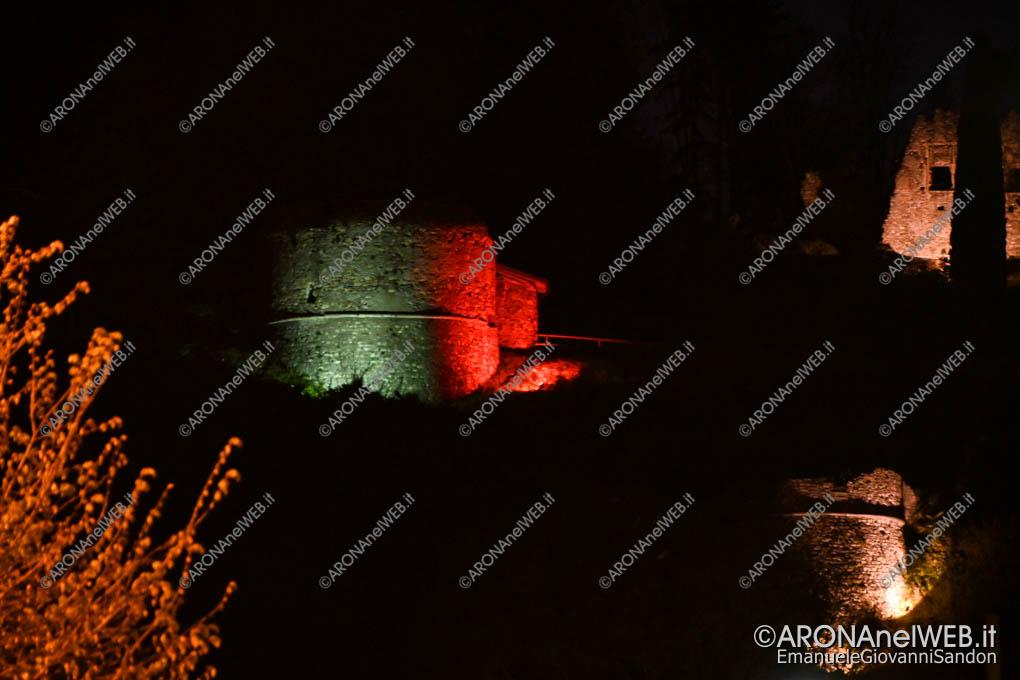 EGS2020_04618 | Torre Mozza, illuminata con il tricolore