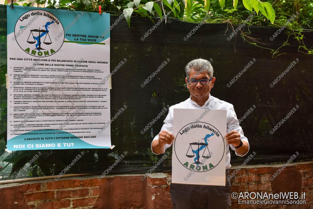 """EGS2020_07549   Carlo Intelisano presenta il simbolo della lista civica """"Lago della bilancia"""""""