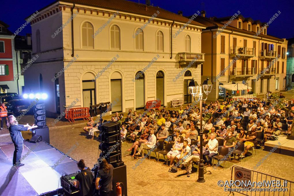 EGS2020_09808 | Roberto Mercadini ad Arona in Piazza San Graziano