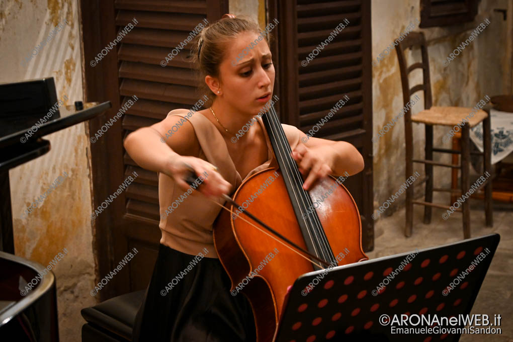 EGS2020_10409 | Anastasia D'Amico, violoncello - LagoMaggioreMusica 2020