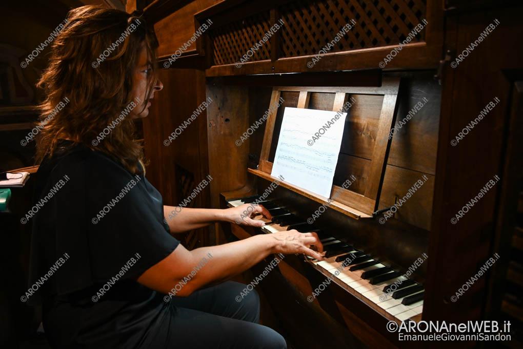EGS2020_11902 | Federica Iannella all'organo Bernasconi di Invorio Superiore