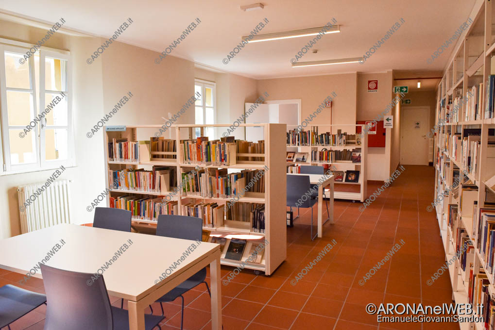 """EGS2020_13201   Nuova sala di lettura al primo piano - Biblioteca Civica di Arona """"Sen. Avv. Carlo Torelli"""""""