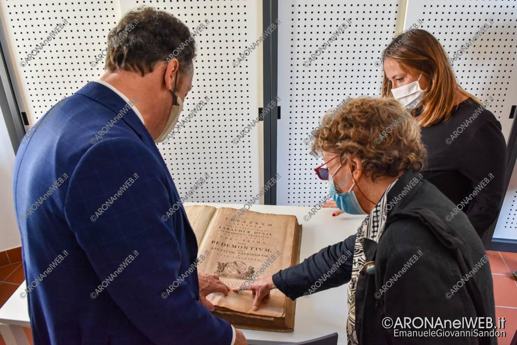"EGS2020_13238   Sala libri antichi - Biblioteca Civica di Arona ""Sen. Avv. Carlo Torelli"""