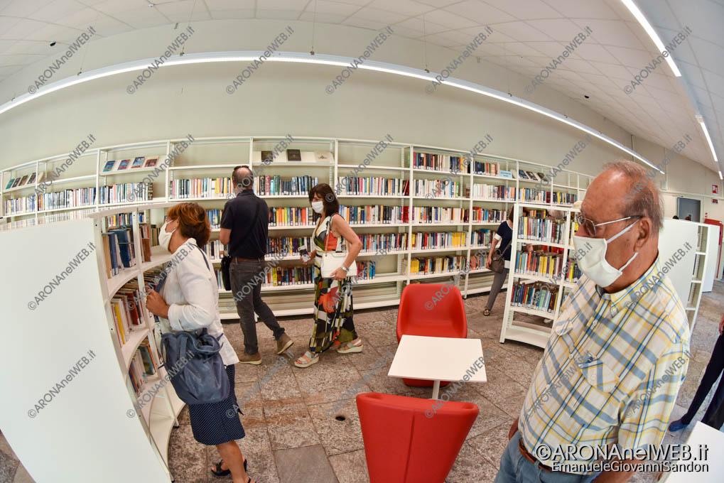 """EGS2020_13311   Sala lettura e studio - Biblioteca Civica di Arona """"Sen. Avv. Carlo Torelli"""""""