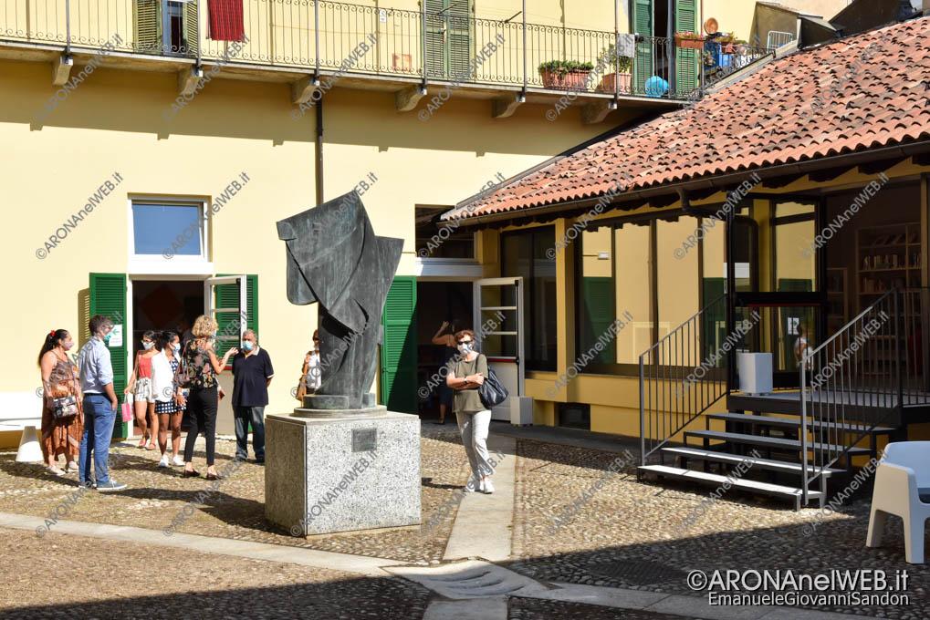 """EGS2020_13349   Il cortile interno della Biblioteca Civica di Arona """"Sen. Avv. Carlo Torelli"""""""
