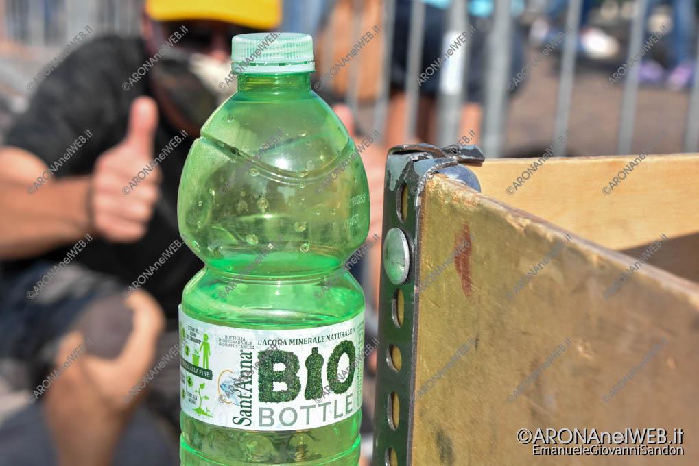 EGS2020_14262 | Bottigliette riciclabili, evento plastic free