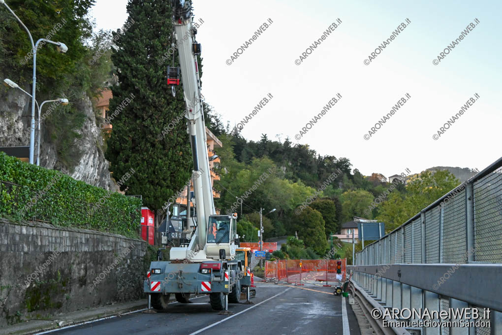EGS2020_16912 | SS33, chiusa al traffico per frana