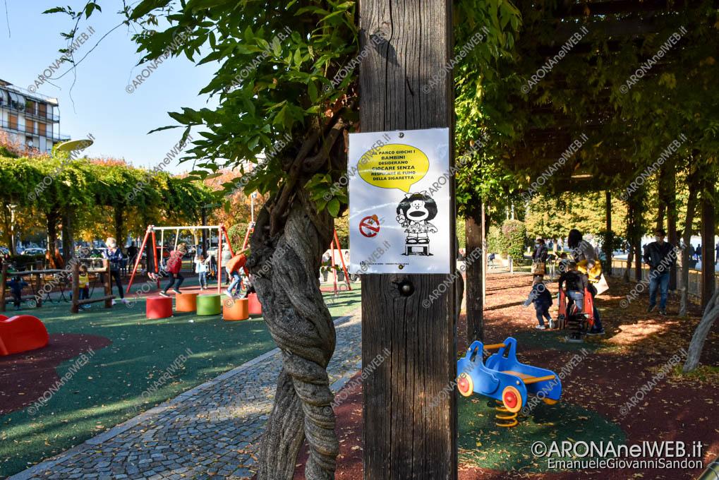 EGS2020_17251 | Il cartello di Mafalda al parco giochi di Arona