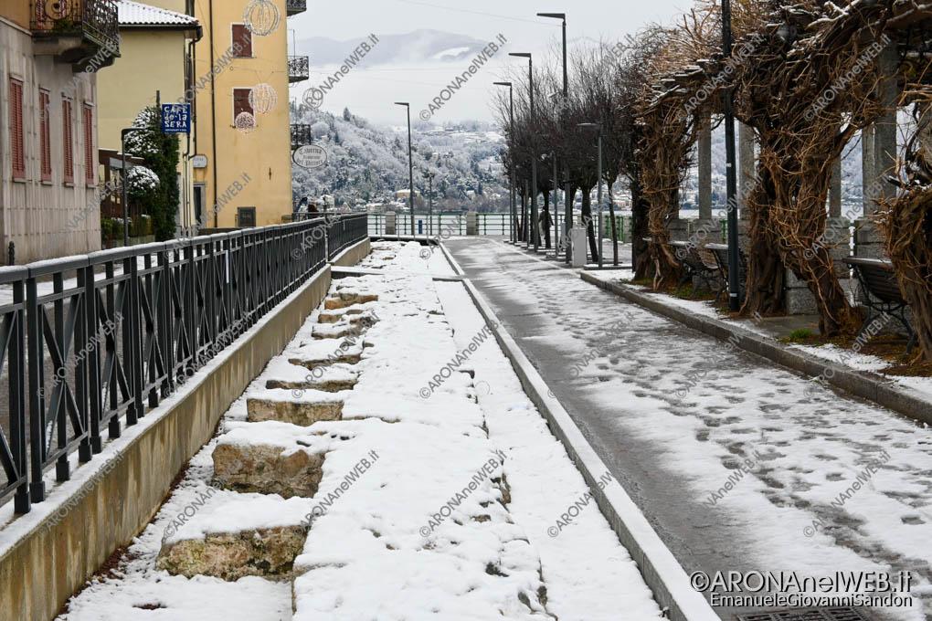 EGS2020_19056   Le antica fondamenta ricoperte dalla neve