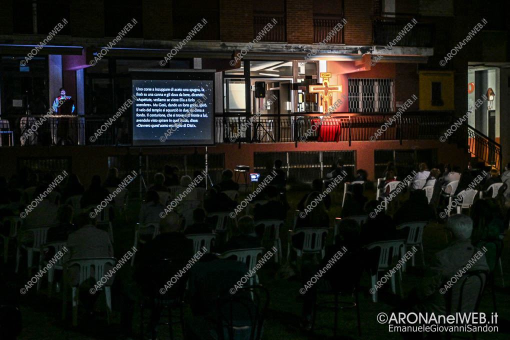 EGS2021_01244   2 aprile 2021 - Via Crucis in oratorio