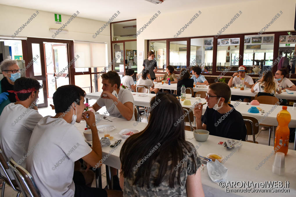 EGS2021_03391   Route dei Giovani 2021, colazione offerta al centro incontro anziani di Grignasco