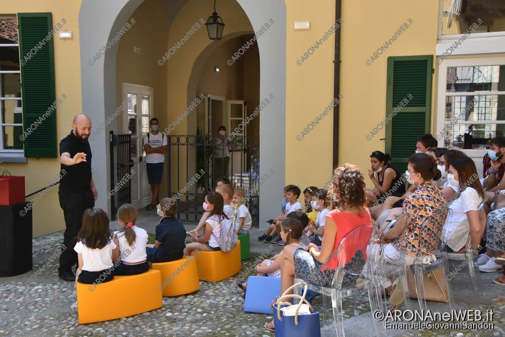 EGS2021_04467   I racconti di Gloria - compagnia Momom di e con Claudio Milani
