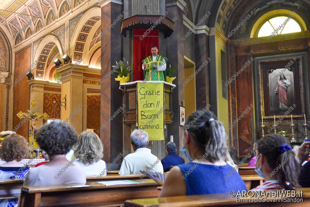 EGS2021_06136 | Don Paolo Bellussi saluta la comunità di Mercurago