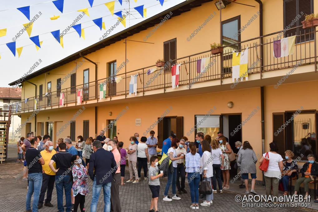 EGS2021_06221 | Don Paolo Bellussi saluta la comunità di Mercurago