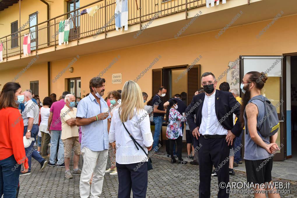 EGS2021_06246 | Don Paolo Bellussi saluta la comunità di Mercurago
