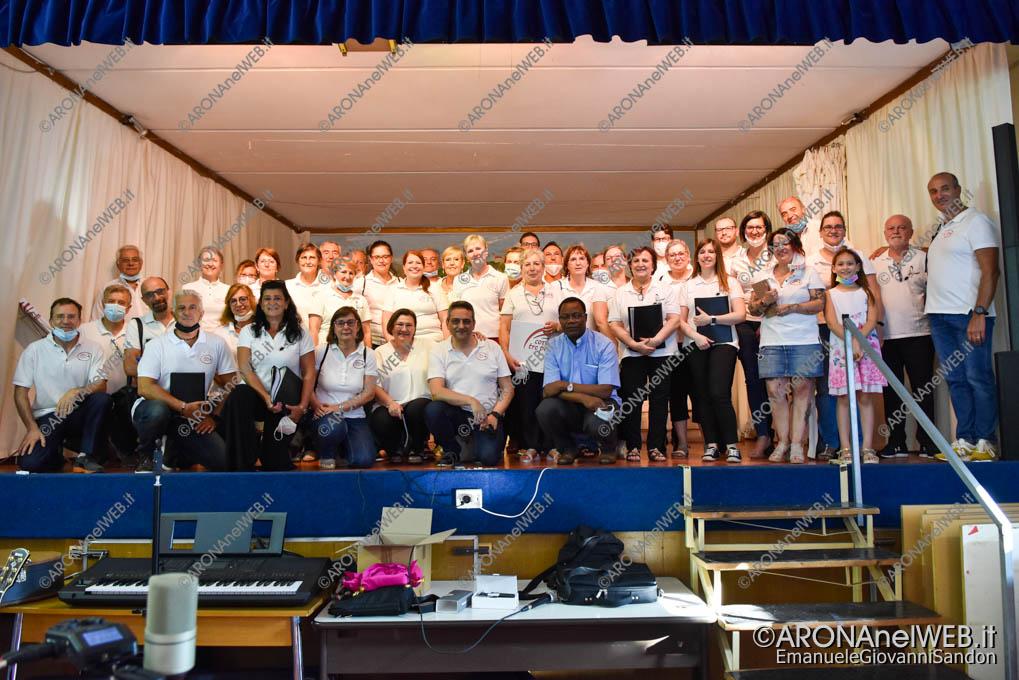 EGS2021_11398 | Don Joseph Gbedji con i cori di Mercurago