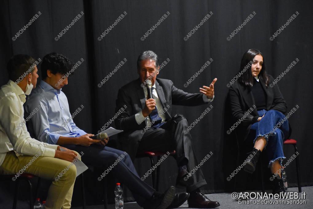 EGS2021_21173 | I giovani dell'oratorio di Arona in dialogo con il sindaco Federico Monti