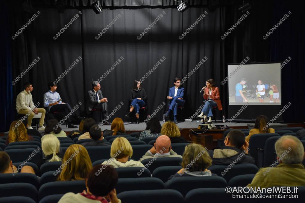 EGS2021_21195 | I giovani dell'oratorio di Arona in dialogo con il sindaco Federico Monti